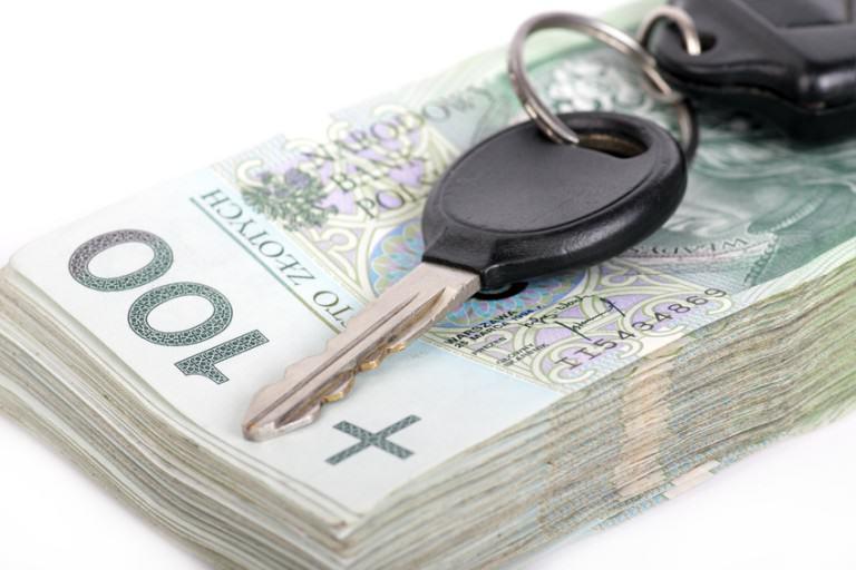 Dwa sprawdzone najlepsze sposoby na tanie ubezpieczenie OC dla młodych kierowców