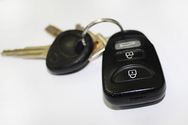 Umowa darowizny części samochodu